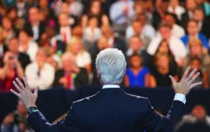 Oratore davanti ad un pubblico
